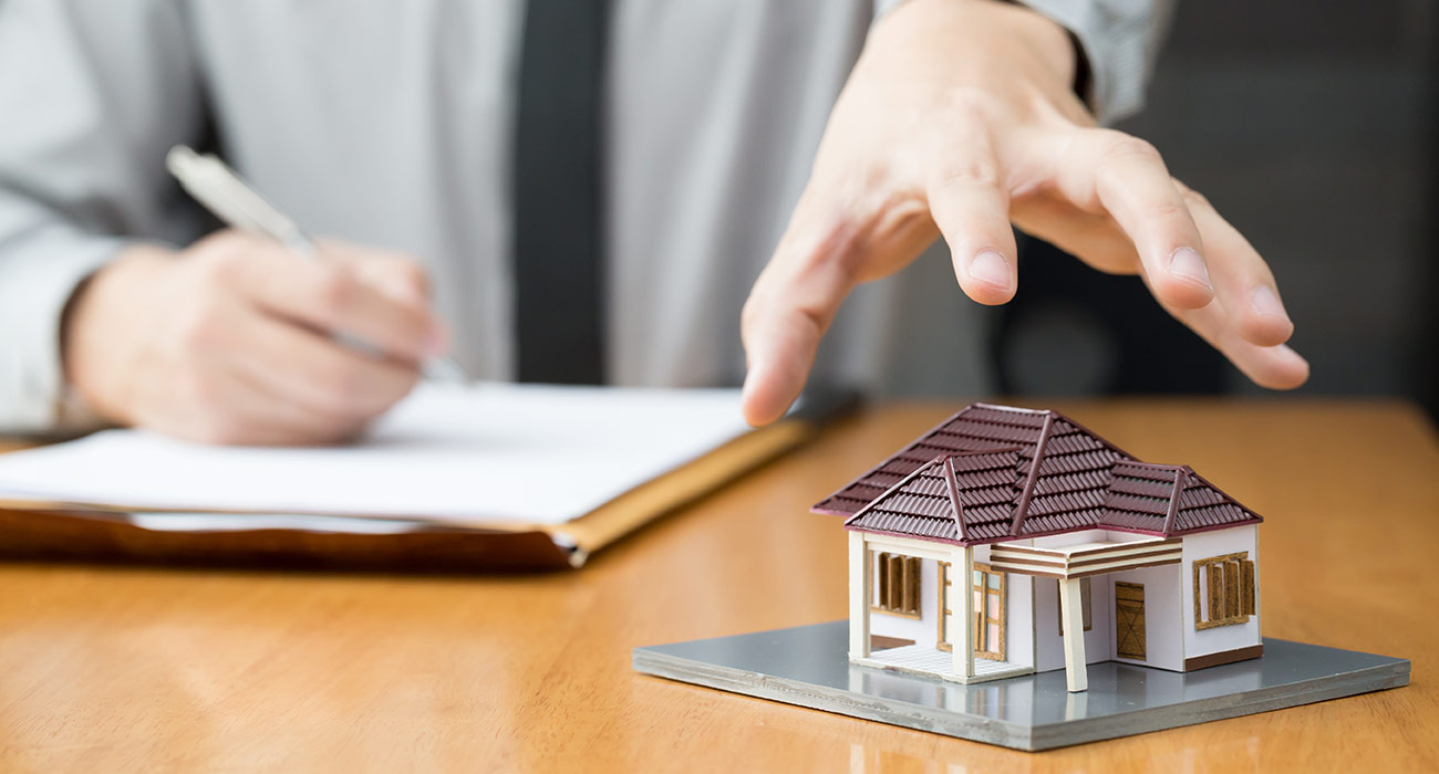 WHAT SERVICES ARE PROVIDED BY A BANKRUPTCY TRUSTEE IN EDMONTON?
